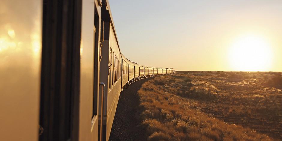 Train African Explorer en route en Namibie
